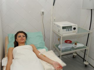 Озонотерапия — это введение озона в кровоток.