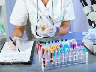 Уважаемые подписчики.  Полис ОМС включает в себя не все анализы необходимые для обследования беременных женщин.