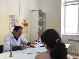 Дорогие,беременные,каждую  пятницу с 13.00-15.00 в женской консультации, по ул.Буйнакского 43,проводит консультацию беременных из высокой группы риска!
