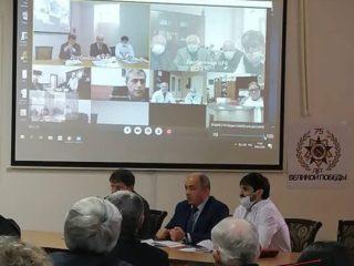 На базе ЦГБ Дербента прошло ВКС совещание  Медсовета южного территориального округа, на котором, по видеосвязи, были обсуждены вопросы связанные с коронавирусом