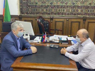 Добрый вечер! Сегодня встретился с главным врачом Дербентской ЦГБ, чтобы обсудить видео, которое появилось в социальных сетях