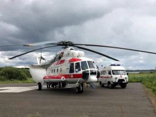 Сегодня вертолёт санавиации минздрава Дагестана прибыл в Дербент, что бы забрать в республиканские клиники наиболее тяжелых пациентов